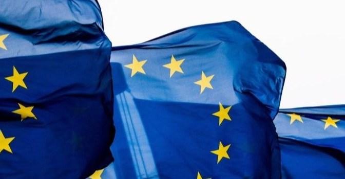 Rendimientos de los bonos de la zona euro se estancan cerca de los máximos de siete semanas