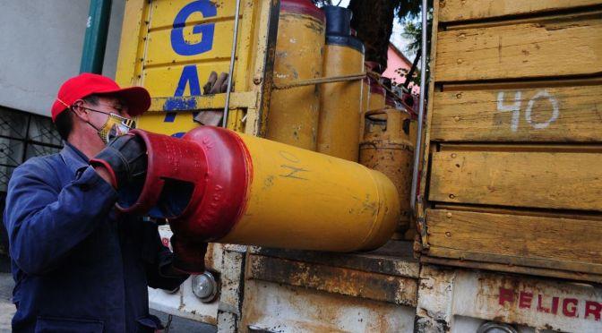 A partir de hoy aumentan precios del gas LP
