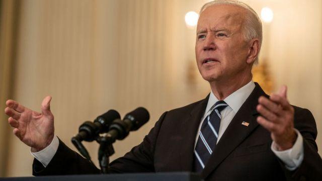 Administración Biden está considerando regular a los emisores de monedas estables como bancos