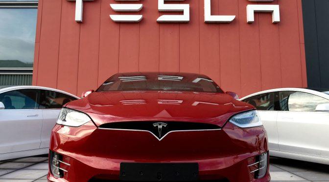 Tesla supera la capitalización de mercado de 1 billón de dólares
