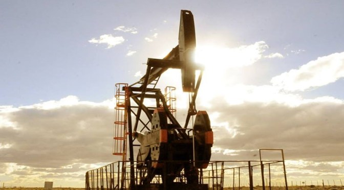 Vivir cerca de pozos de petróleo y gas aumenta exposición a contaminación del aire