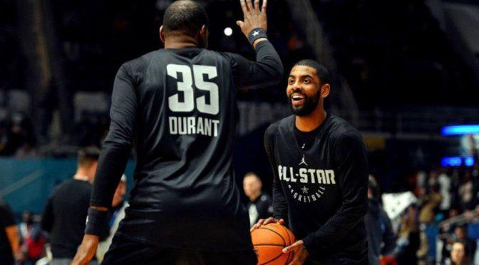 Durant espera que Kyrie Irving juegue con los Nets a pesar de su postura ante la vacuna