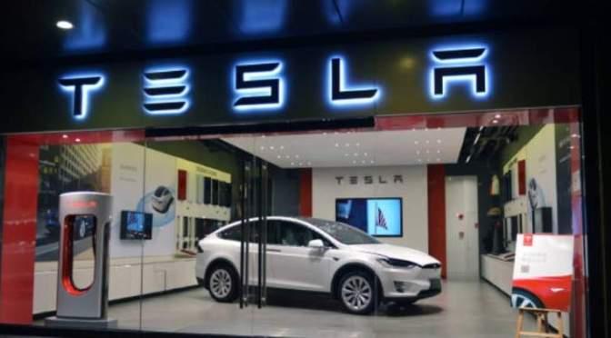 Con la ayuda de Tesla, casi el 80% de las ventas de automóviles nuevos de Noruega son eléctricas
