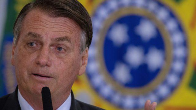 Bolsonaro sugiere que los ingresos del gobierno de Petrobras podrían aliviar los precios del combustible