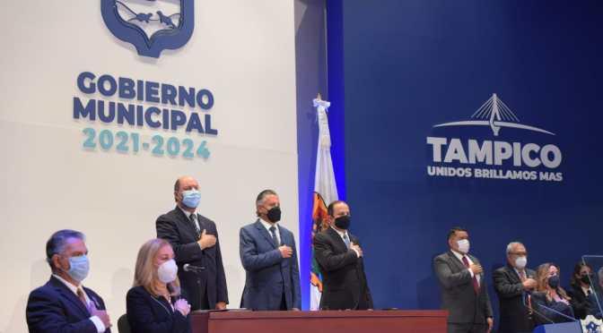 Chucho Nader rindió protesta como alcalde de Tampico para el periodo 2021-2024