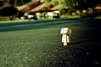 alone-nature-danboard-box-man-grass-1974834