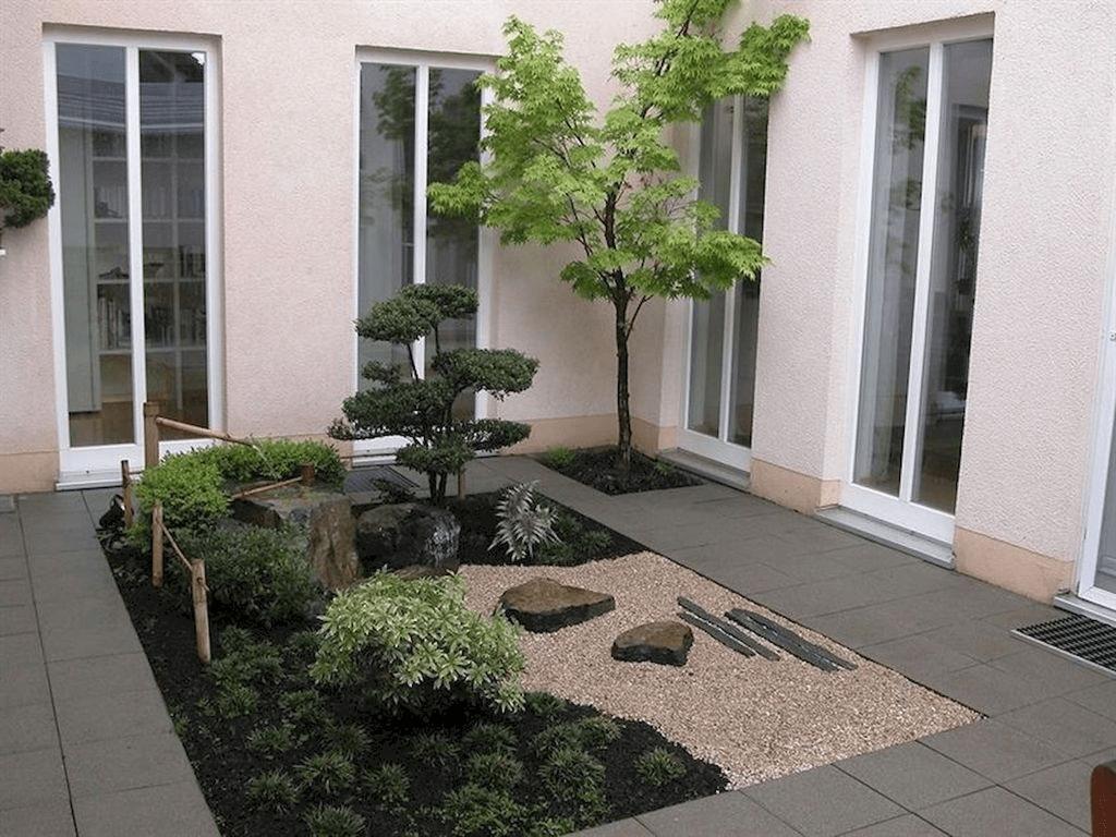 Amazing Small Courtyard Garden Design Ideas 03