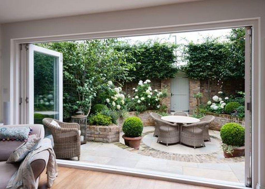 Amazing Small Courtyard Garden Design Ideas 09
