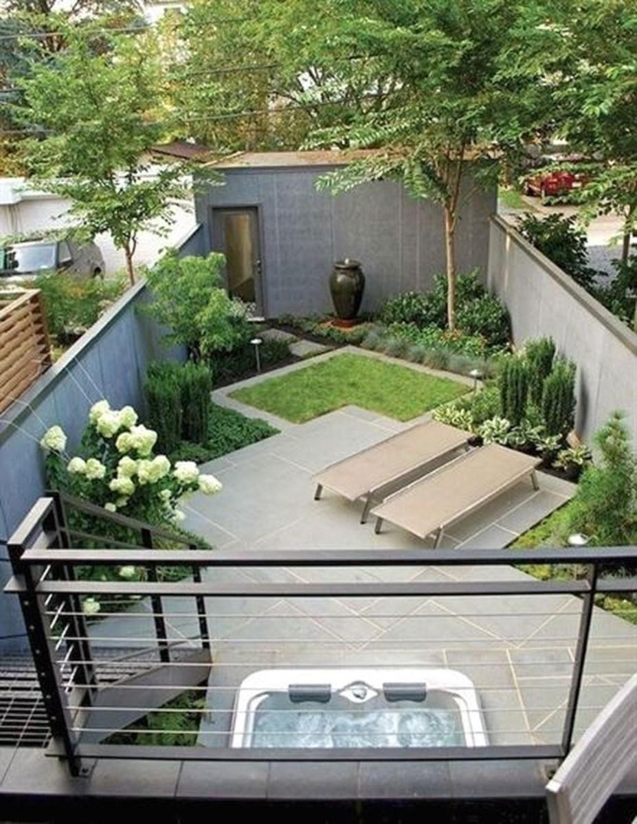 Amazing Small Courtyard Garden Design Ideas 16