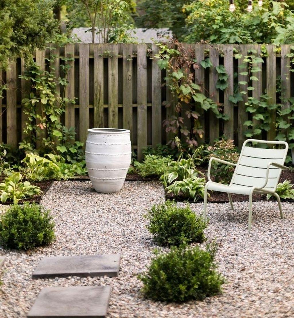 Amazing Small Courtyard Garden Design Ideas 35