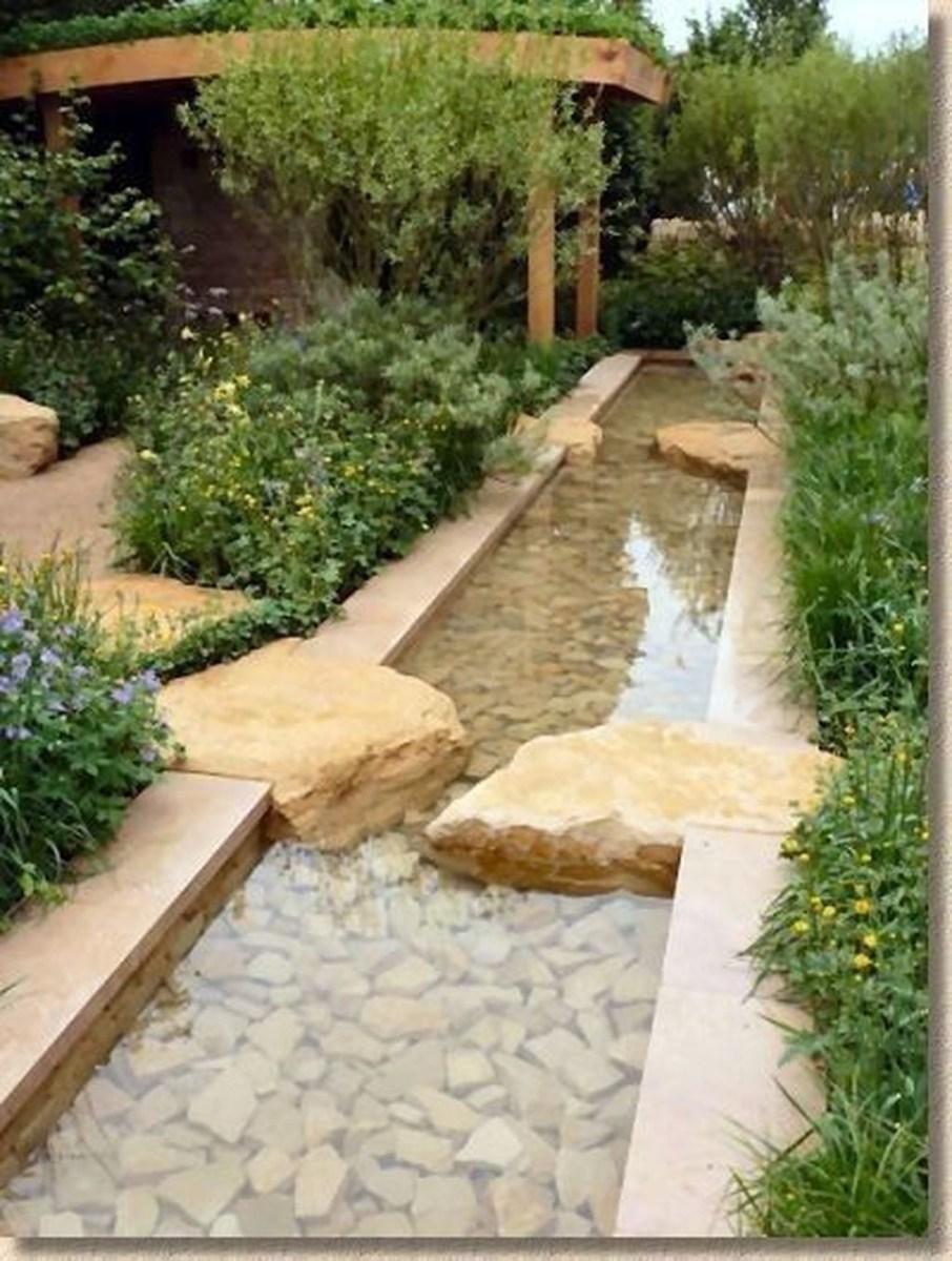 Amazing Small Courtyard Garden Design Ideas 45