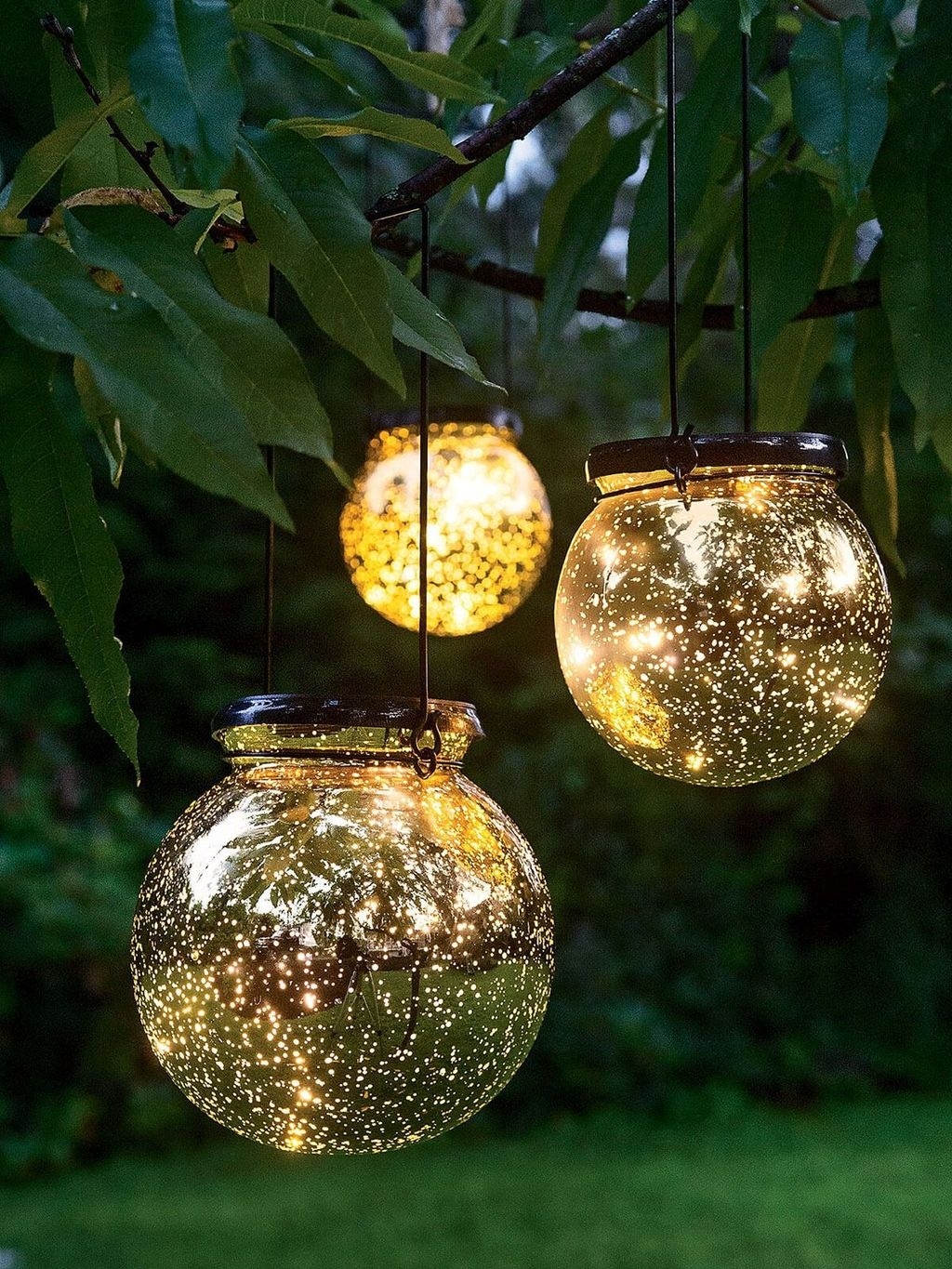 Inspiring Outdoor Lighting Ideas For Your Garden 38