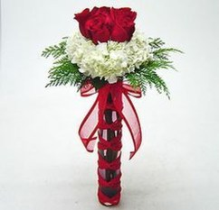 Lovely Rose Arrangement Ideas For Valentines Day 08