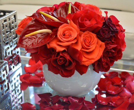 Lovely Rose Arrangement Ideas For Valentines Day 15