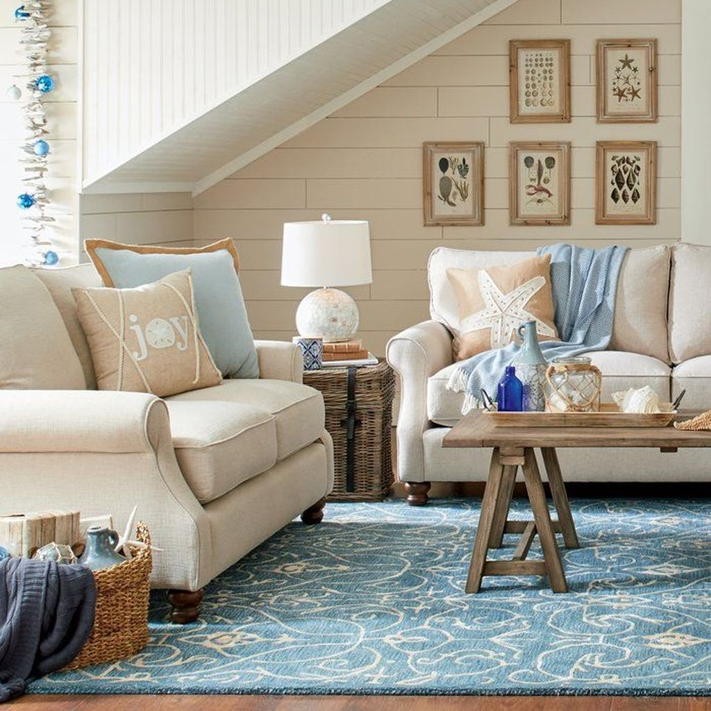 Amazing Coastal Living Room Decoration Ideas You Must Try 28