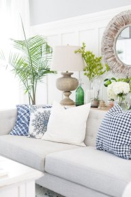 Amazing Coastal Living Room Decoration Ideas You Must Try 30