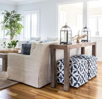 Amazing Coastal Living Room Decoration Ideas You Must Try 34