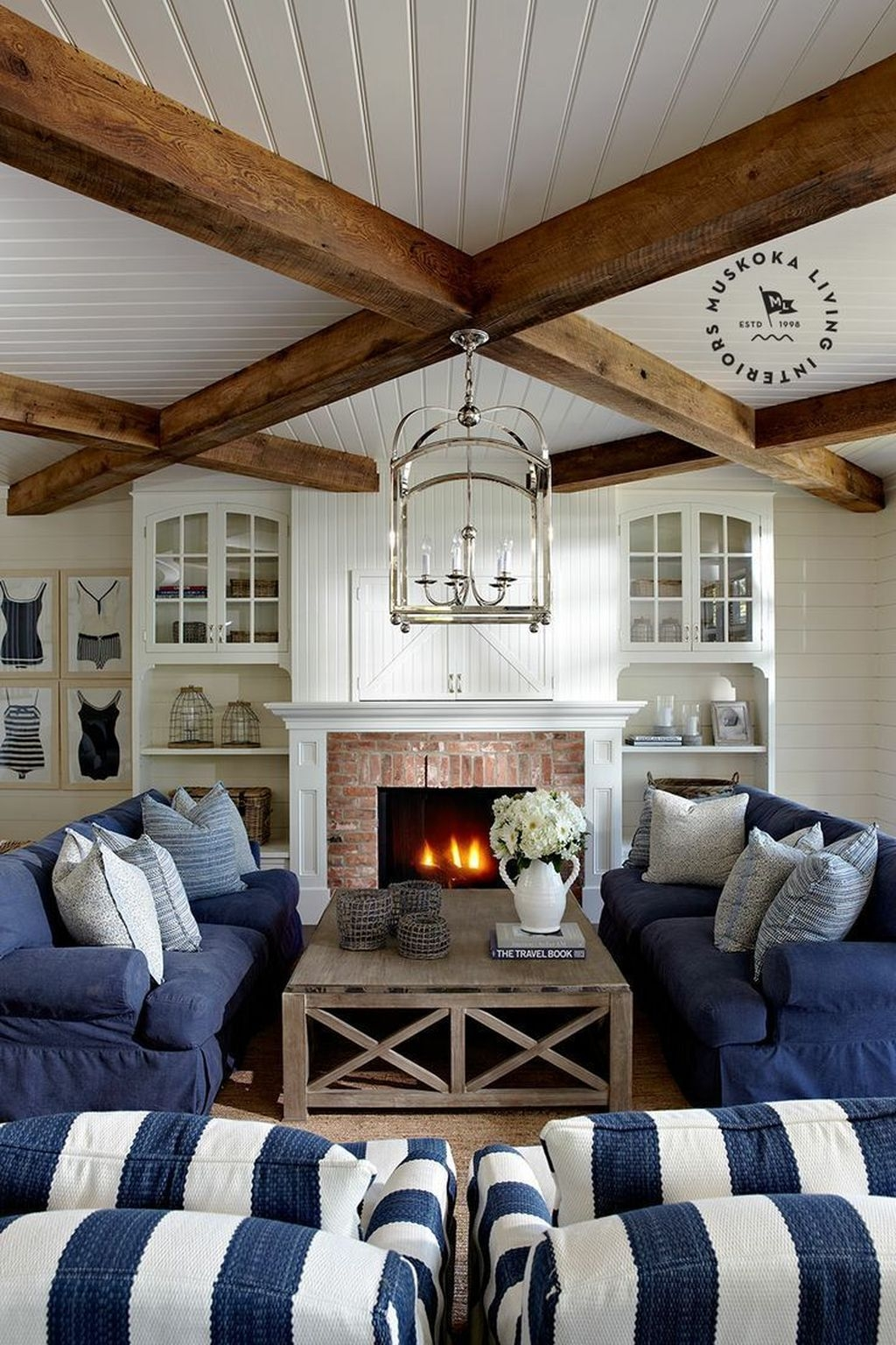 Amazing Coastal Living Room Decoration Ideas You Must Try 40