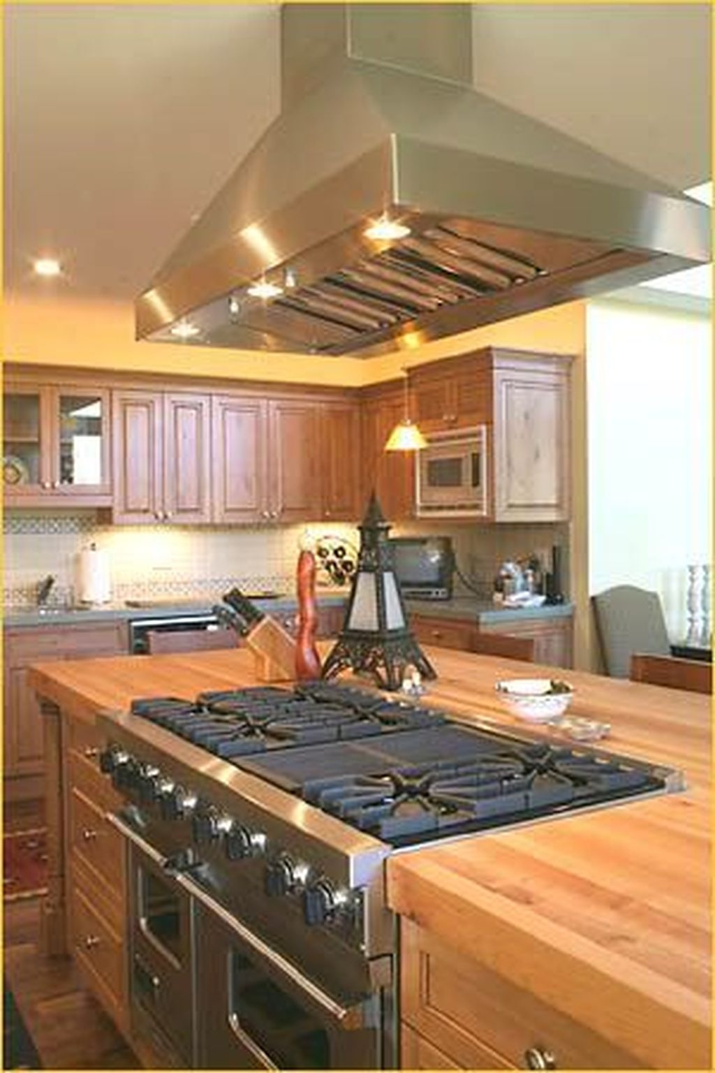 Awesome Rustic Kitchen Island Design Ideas 35