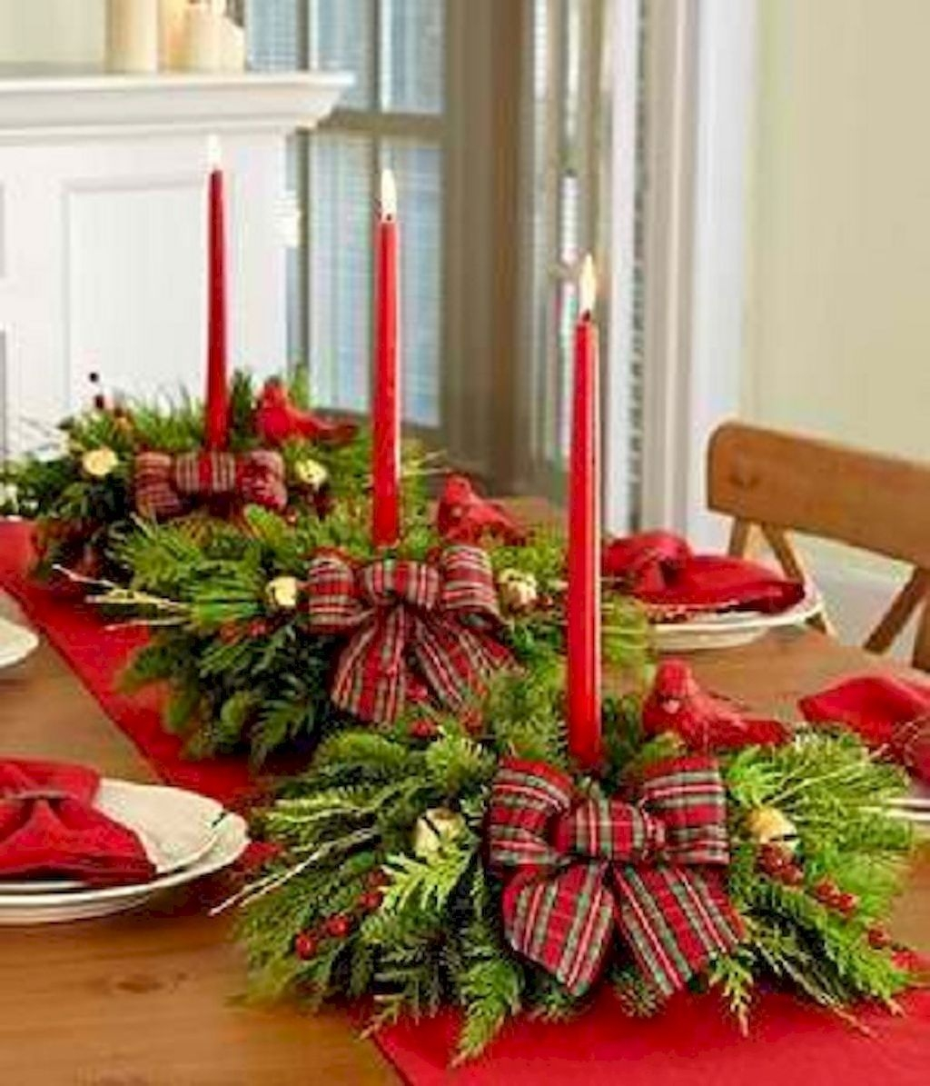 Beautiful And Romantic Valentine Dining Table Decoration Ideas 07
