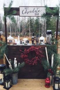 Beautiful Backyard Wedding Decor Ideas To Get A Romantic Impression 39