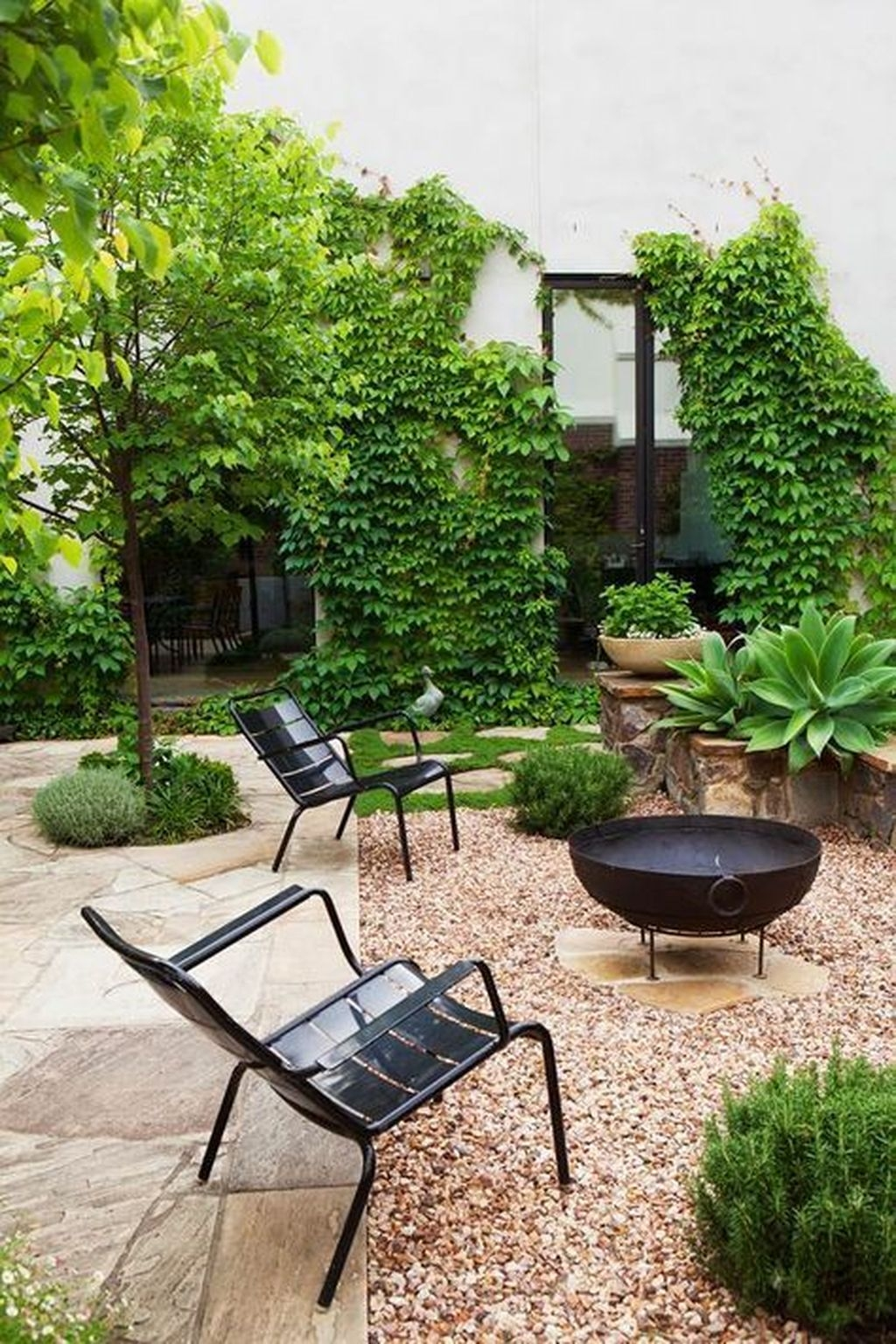 Beautiful Modern Backyard Landscaping Design Ideas 10