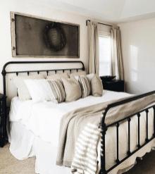 Beautiful Modern Farmhouse Master Bedroom Decoration Ideas 36