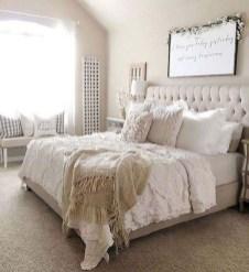 Beautiful Modern Farmhouse Master Bedroom Decoration Ideas 40