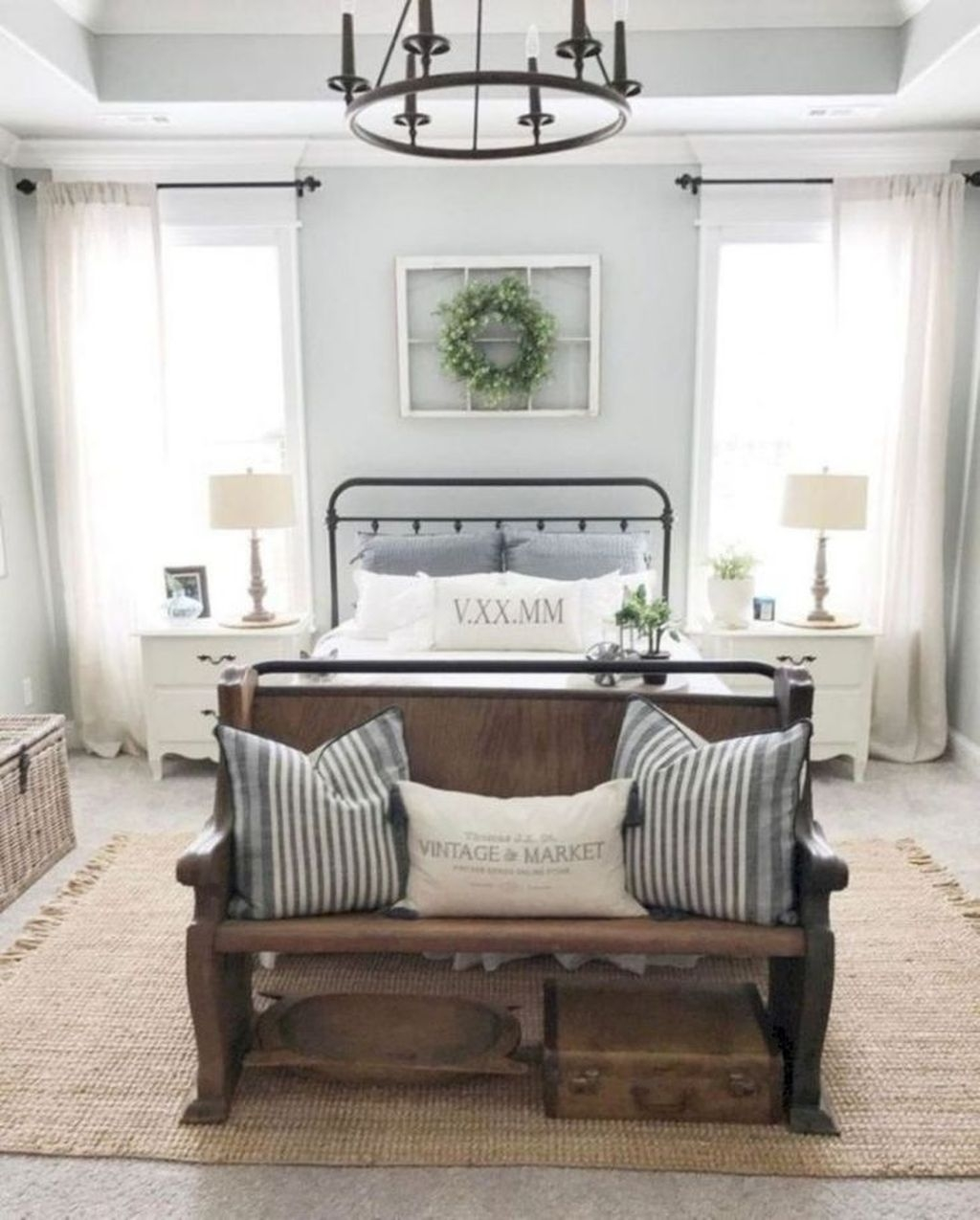 Beautiful Modern Farmhouse Master Bedroom Decoration Ideas 42