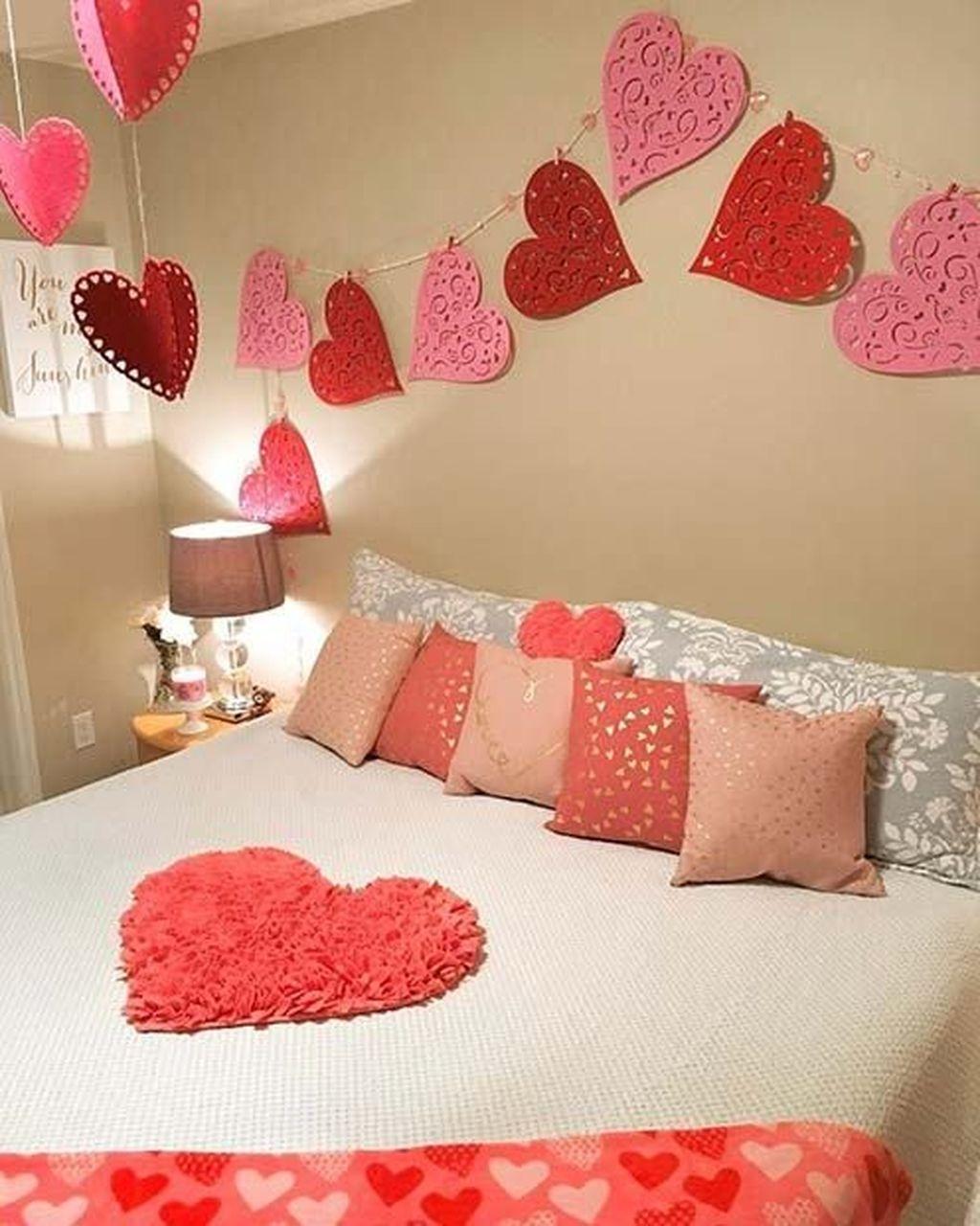 Beautiful Valentine Interior Decor Ideas To Make Him Amazed 03