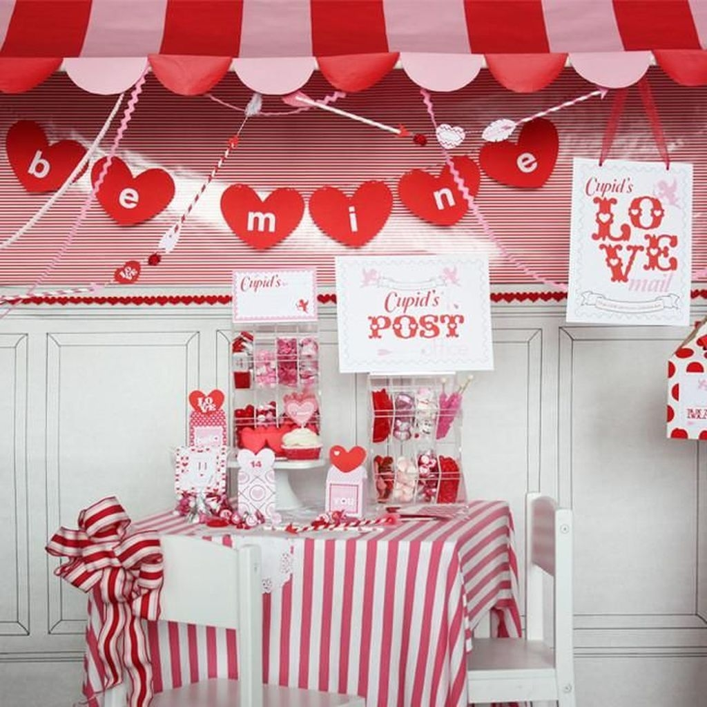 Beautiful Valentine Interior Decor Ideas To Make Him Amazed 15