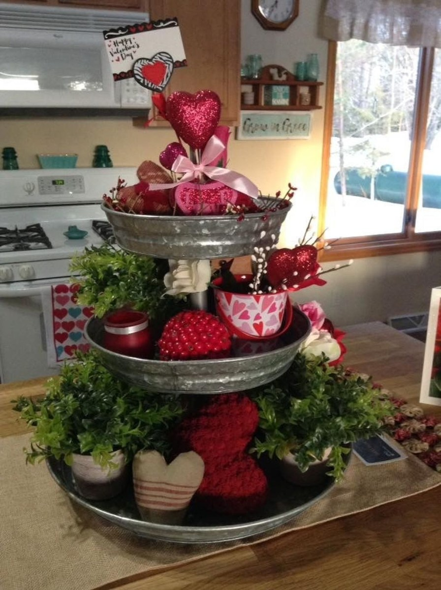 Cute Farmhouse Style Valentine Decorations 16