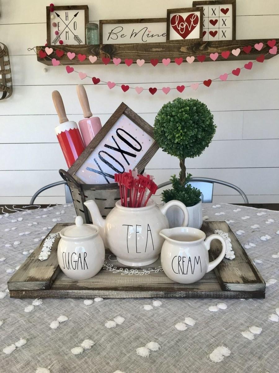 Cute Farmhouse Style Valentine Decorations 31