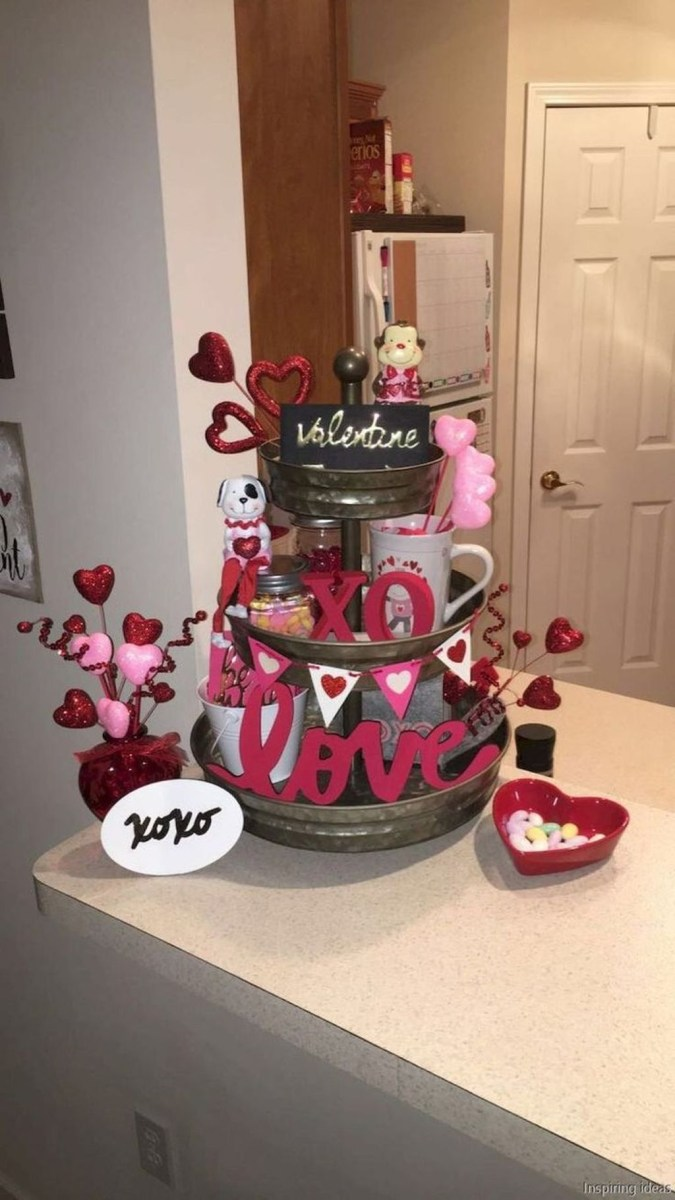 Cute Farmhouse Style Valentine Decorations 43