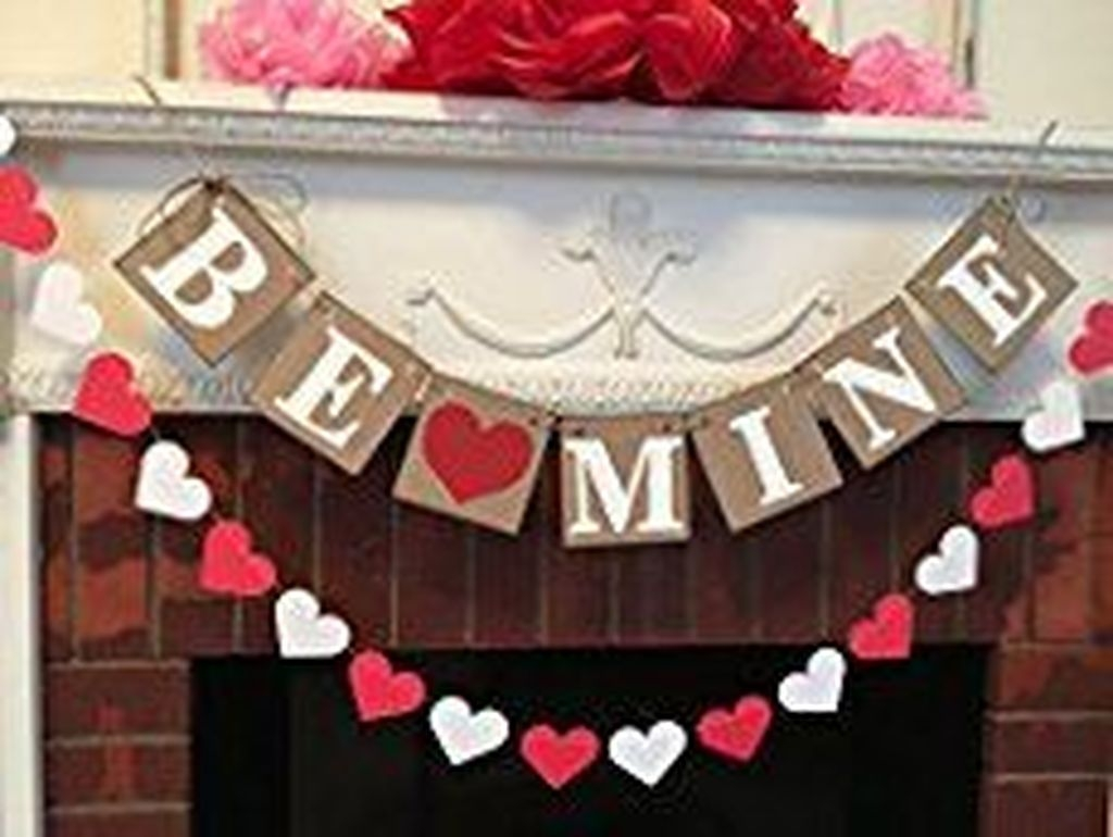 Cute Valentine Wall Art Design Ideas 39