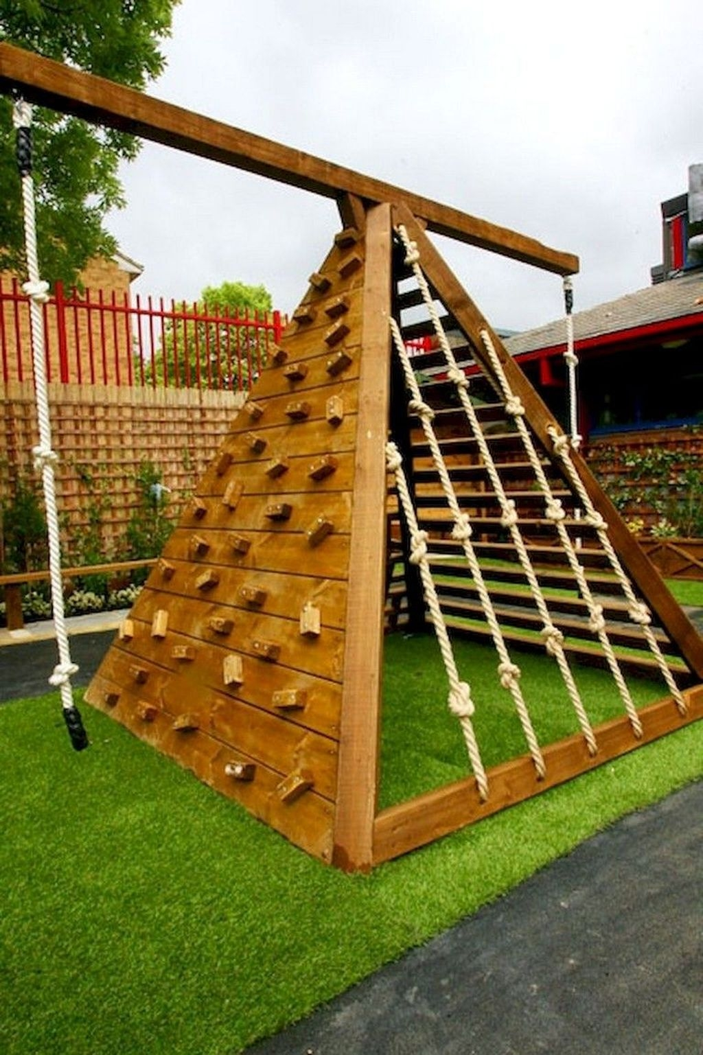 Gorgeous Backyard Playground Kids Design Ideas 04