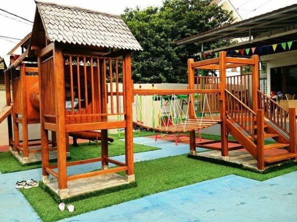 Gorgeous Backyard Playground Kids Design Ideas 27