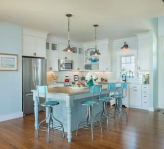 Gorgeous Coastal Kitchen Design Ideas 33