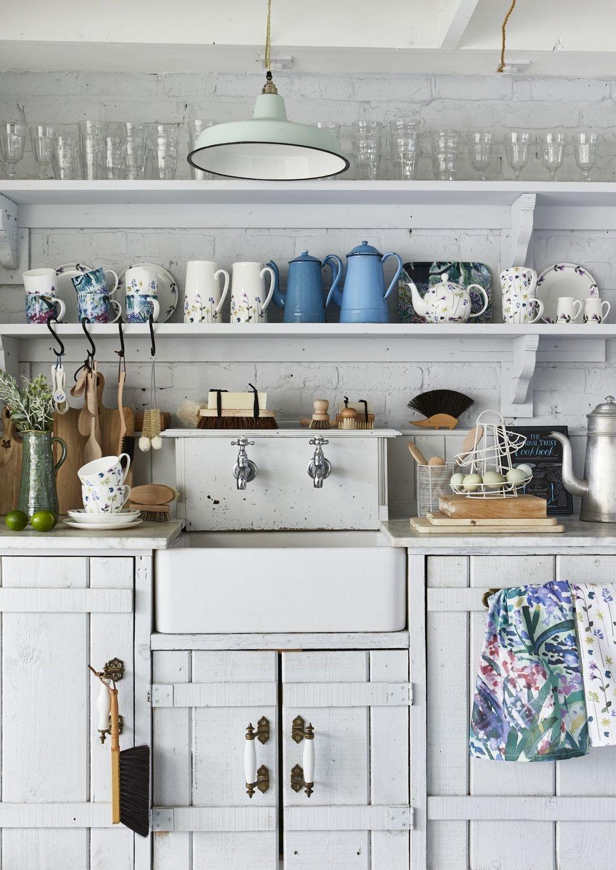 Gorgeous Coastal Kitchen Design Ideas 34