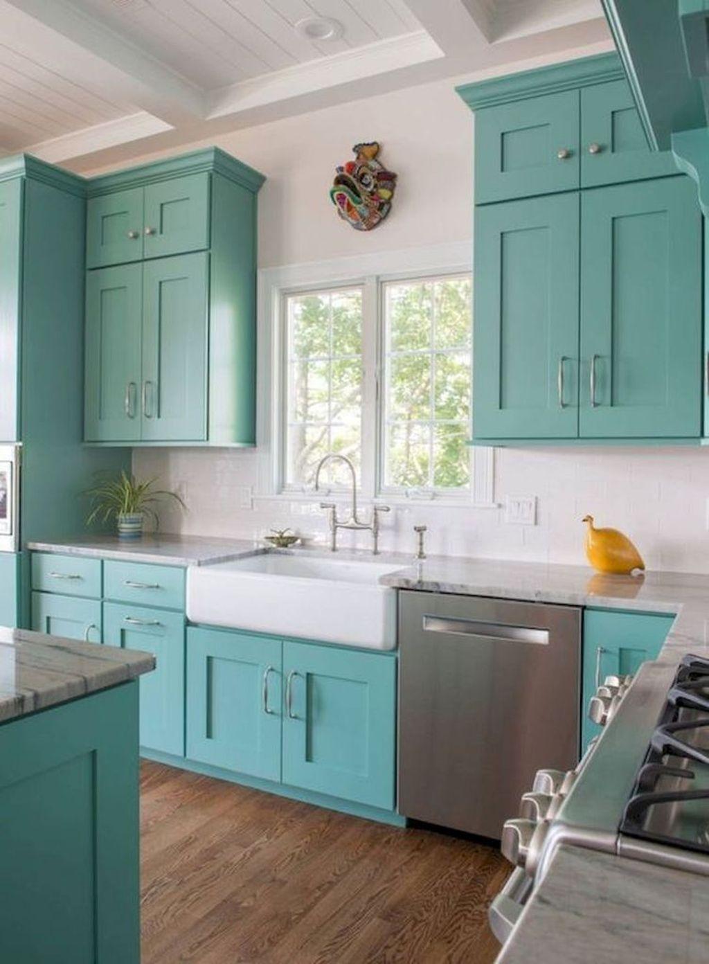 Gorgeous Coastal Kitchen Design Ideas 36