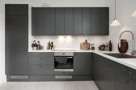 Inspiring Dark Grey Kitchen Design Ideas 37