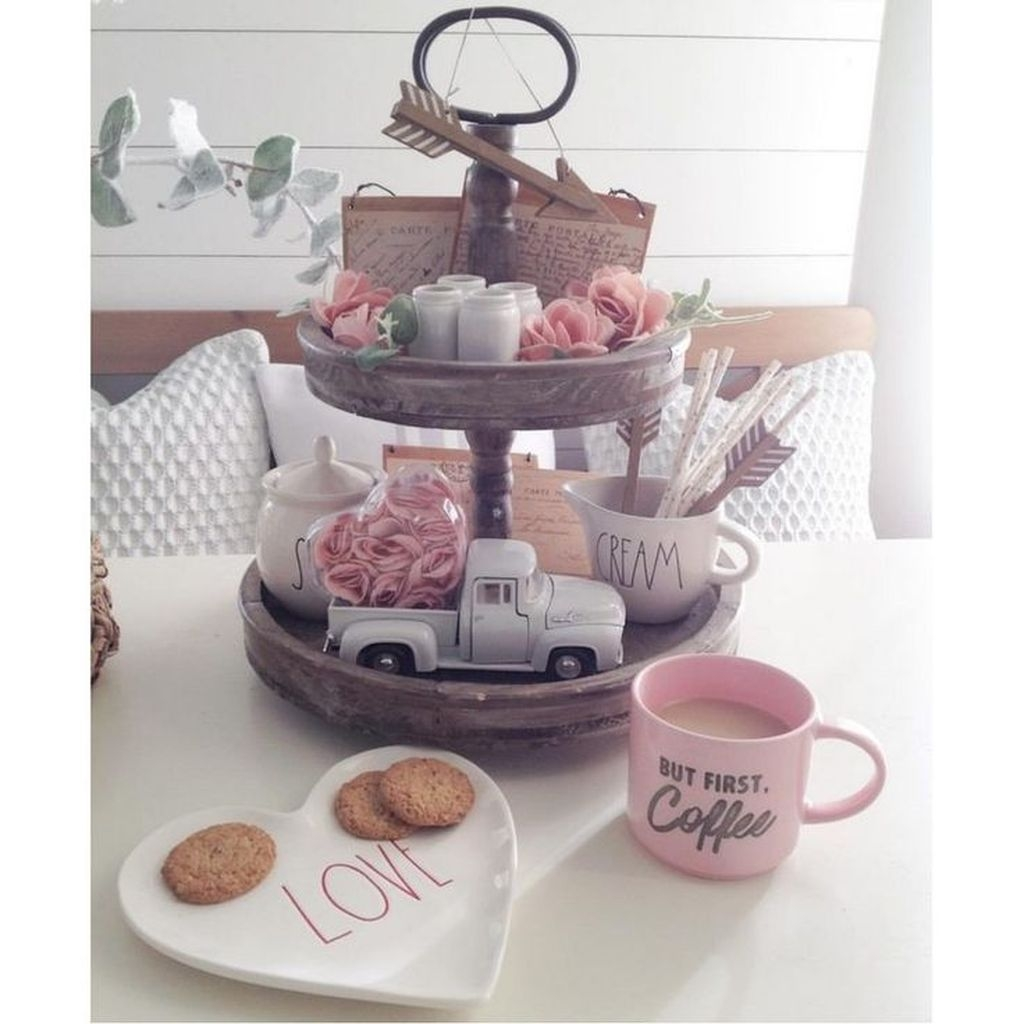 Lovely Valentine Home Decor Ideas For Couples 08