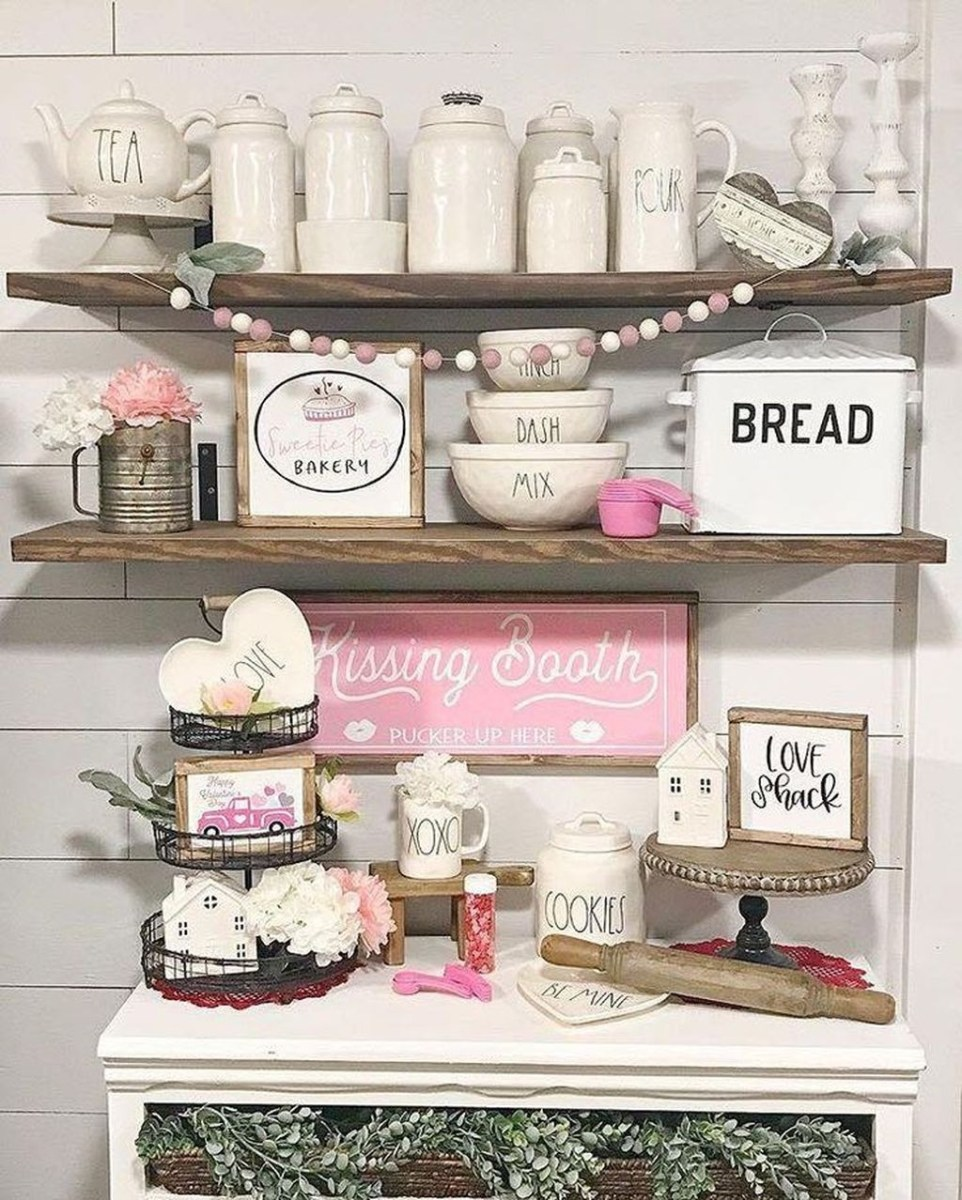 Lovely Valentine Home Decor Ideas For Couples 19