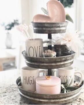 Lovely Valentine Home Decor Ideas For Couples 39