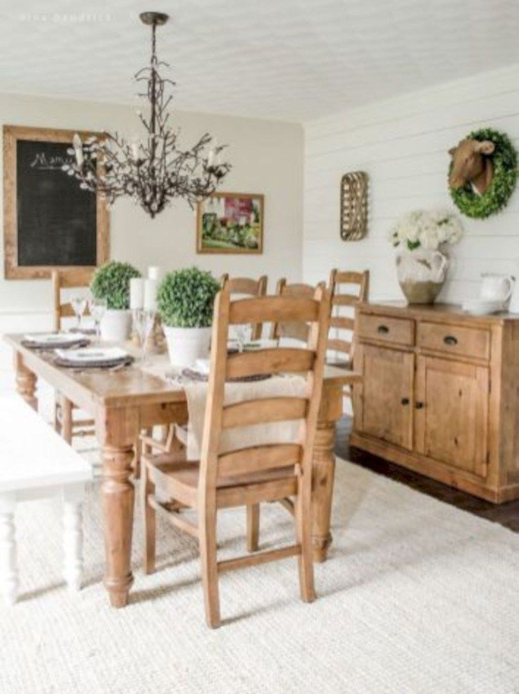 Popular Farmhouse Dining Room Design Ideas Trend 2019 02