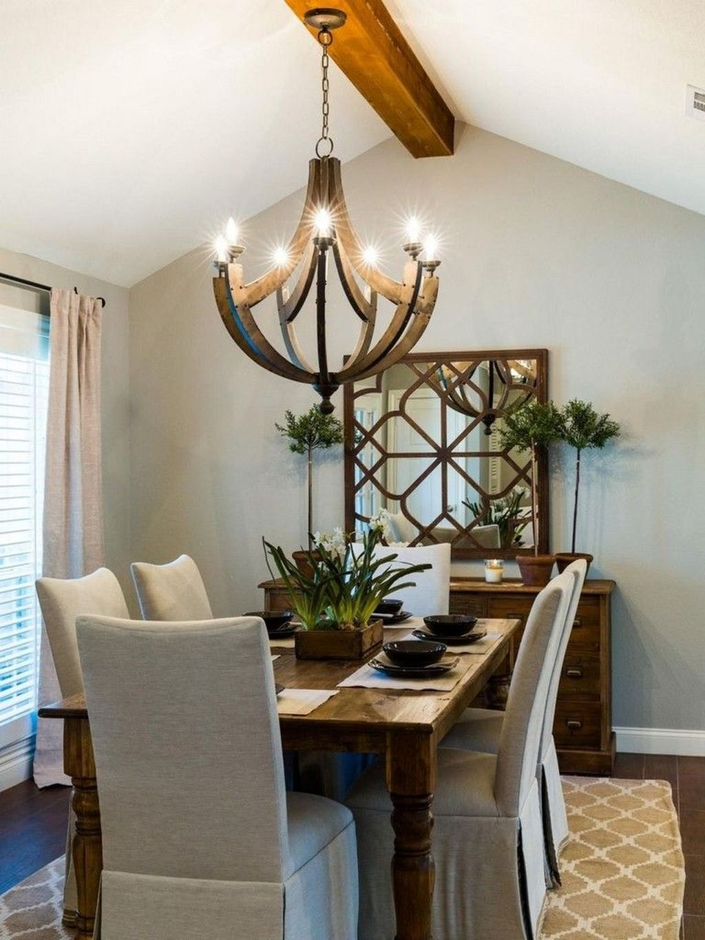 Popular Farmhouse Dining Room Design Ideas Trend 2019 06