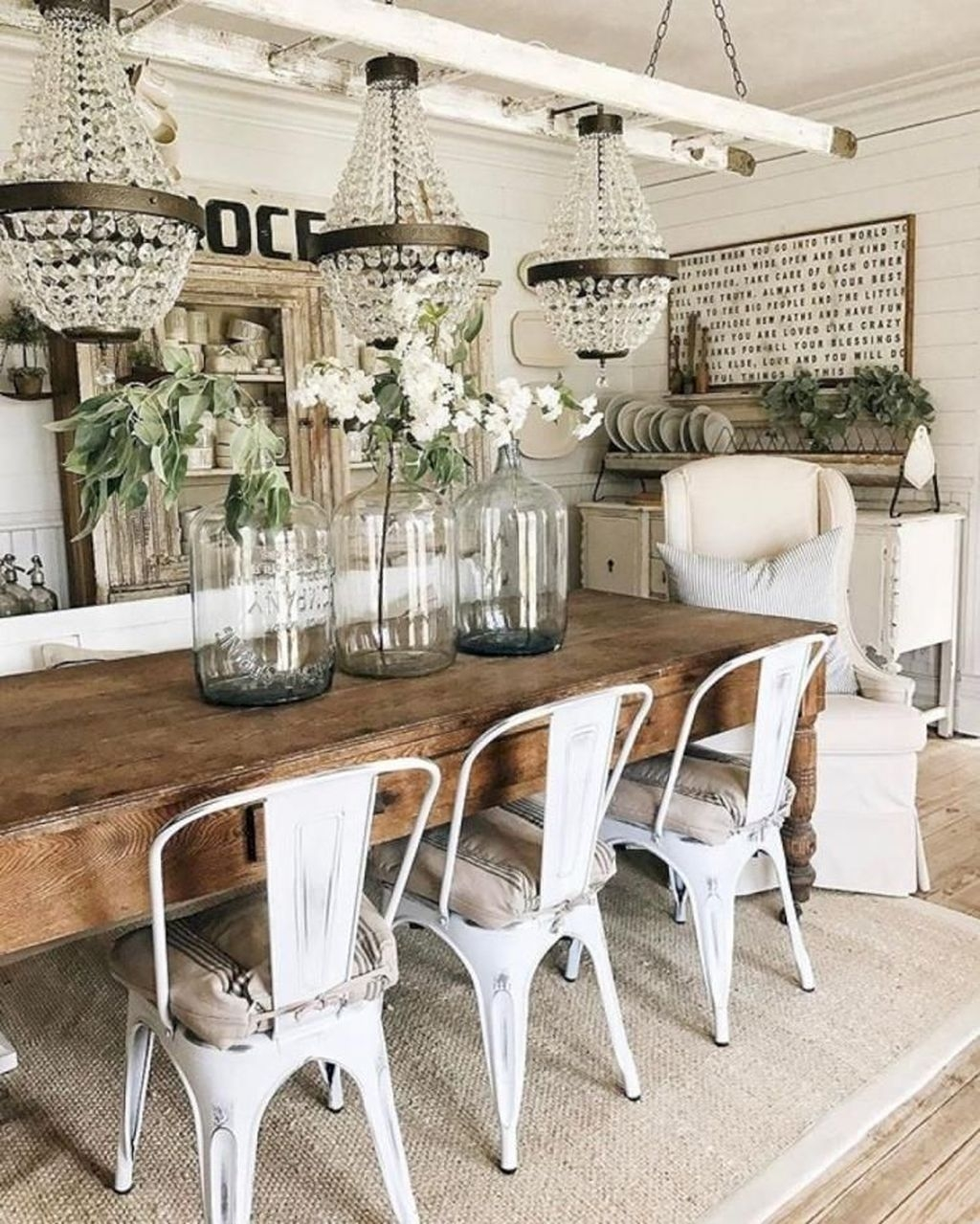 Popular Farmhouse Dining Room Design Ideas Trend 2019 15
