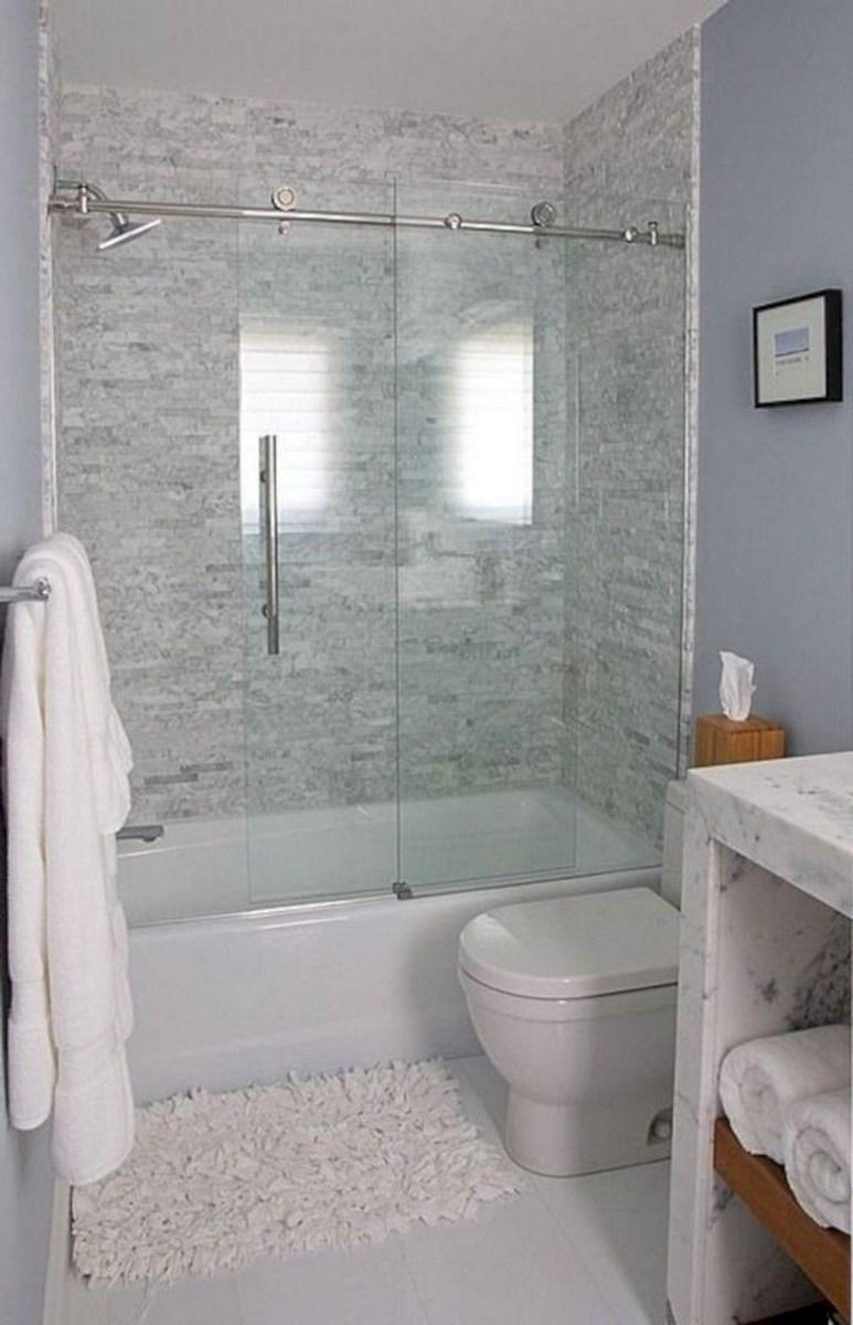 Popular Small Bathroom Remodel Ideas 26