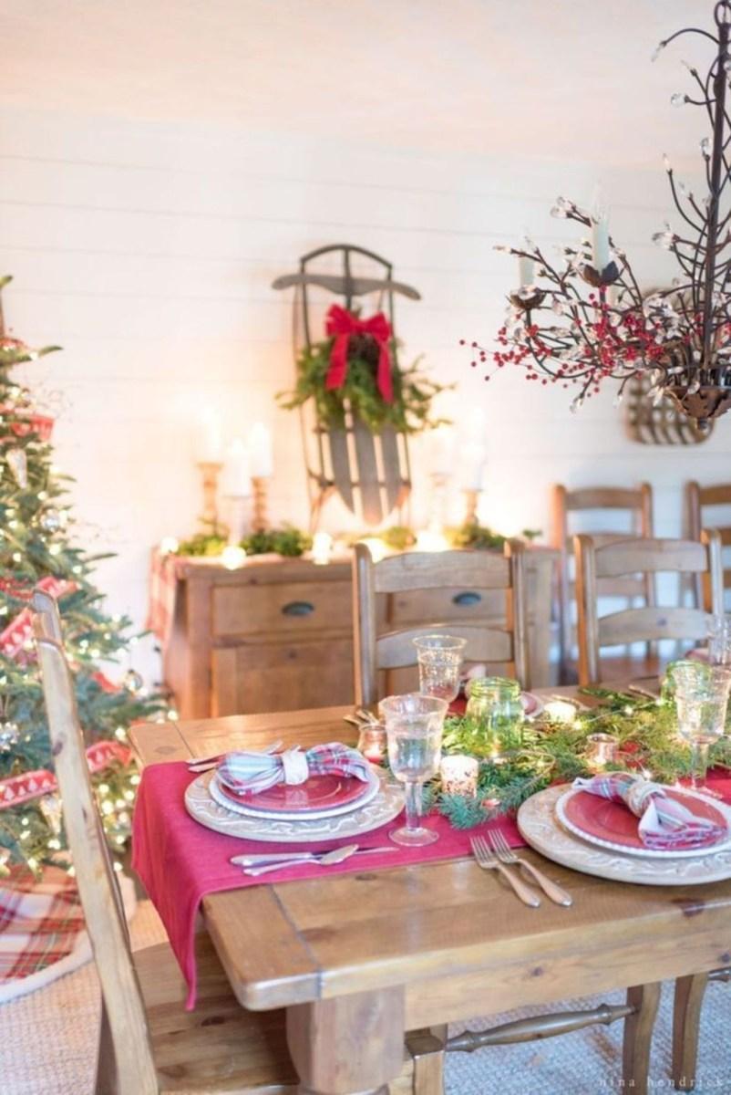 Romantic Living Room Decor With Valentine Themes 09