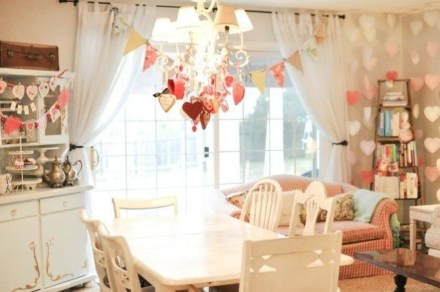 Romantic Living Room Decor With Valentine Themes 15